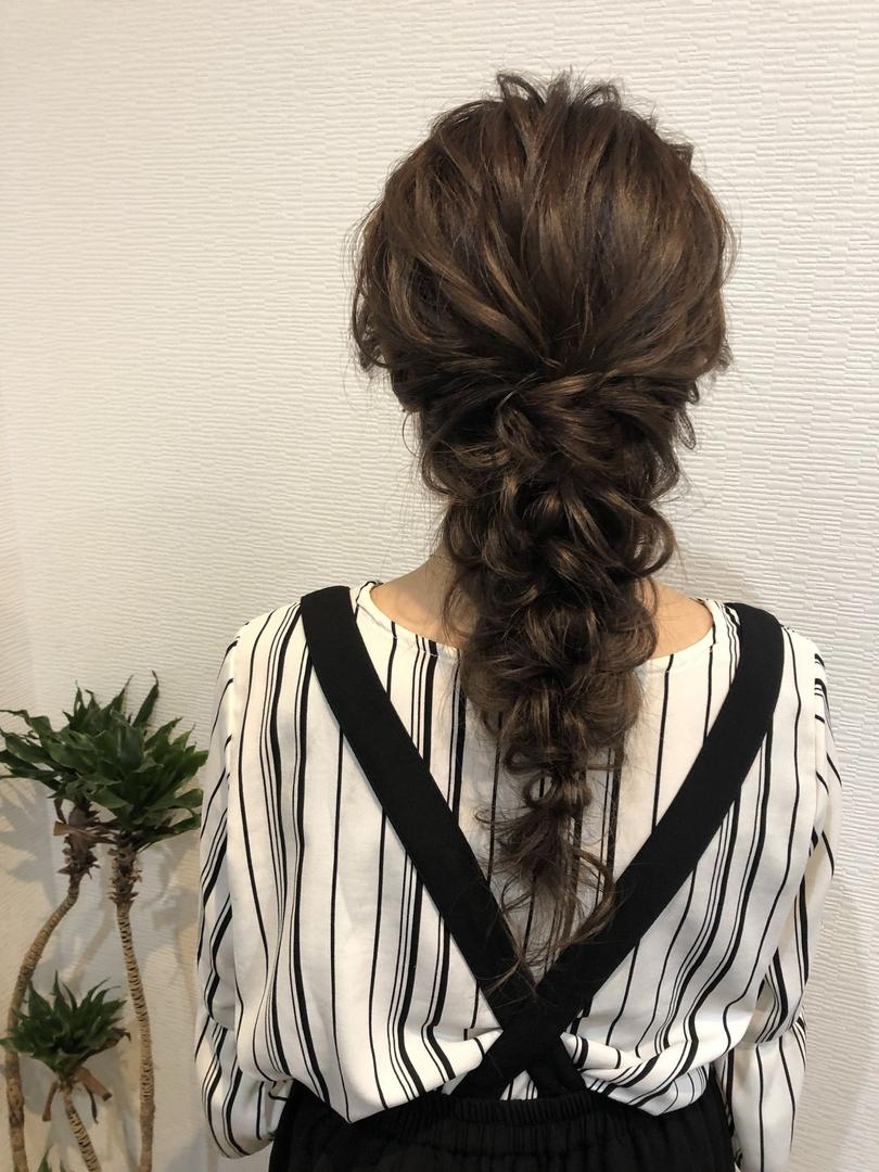 平原さんのヘアスタイルの写真。テーマは『宮崎市ヘアセット、宮崎市、ヘアセット専門店、セットサロン、ヘアセット、ヘアアレンジ、編み下ろし、宮崎セット、ブライダルヘア、宮崎ステラ、結婚式ヘアアレンジ、宮崎市美容室、編み込みヘア、宮崎、hair、hairset、hairstyle、hairarrange、宮崎美容室、宮崎市STELLA、宮崎市セットサロン、宮崎市成人式、宮崎県、編みおろし、宮崎市セット、二次会ヘア、宮崎市ステラ、宮崎ヘアセット、ラプンツェルヘア』