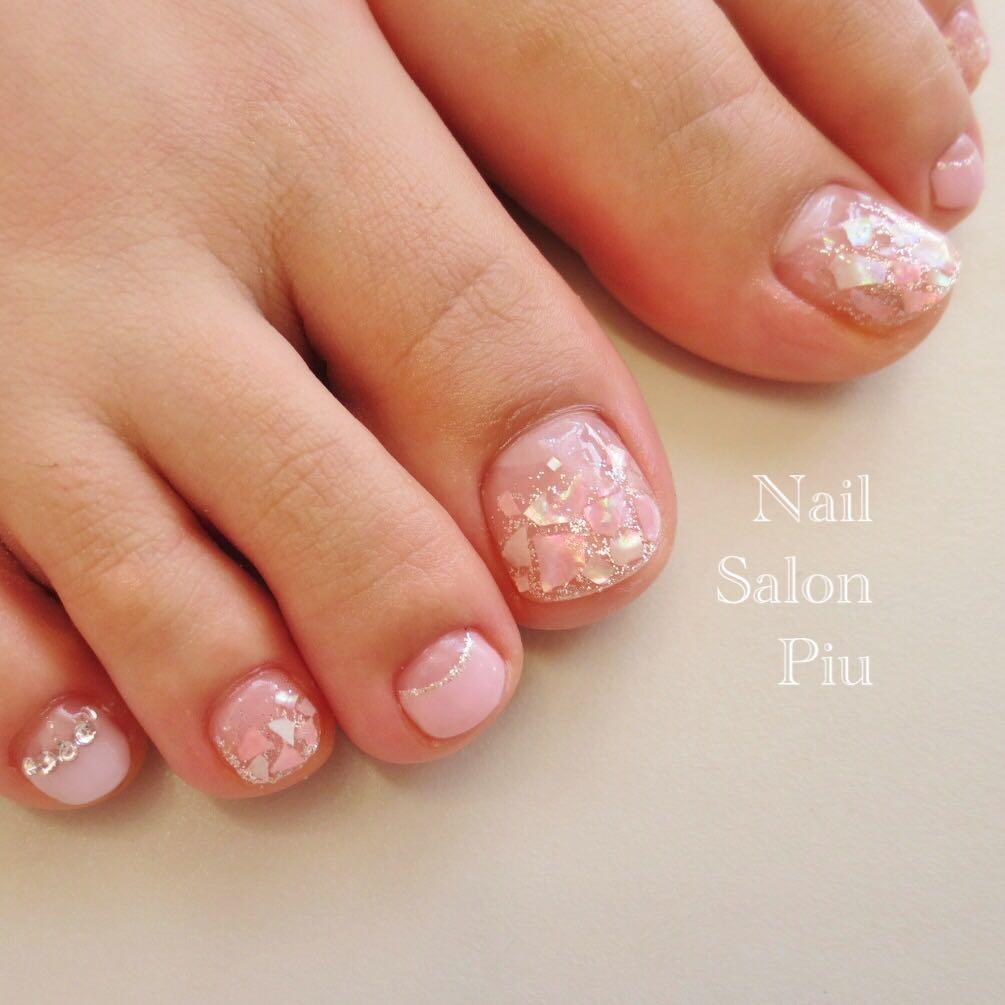 Nail Salon Piuさんの写真。テーマは『シェルネイル、フットネイル、夏ネイル』