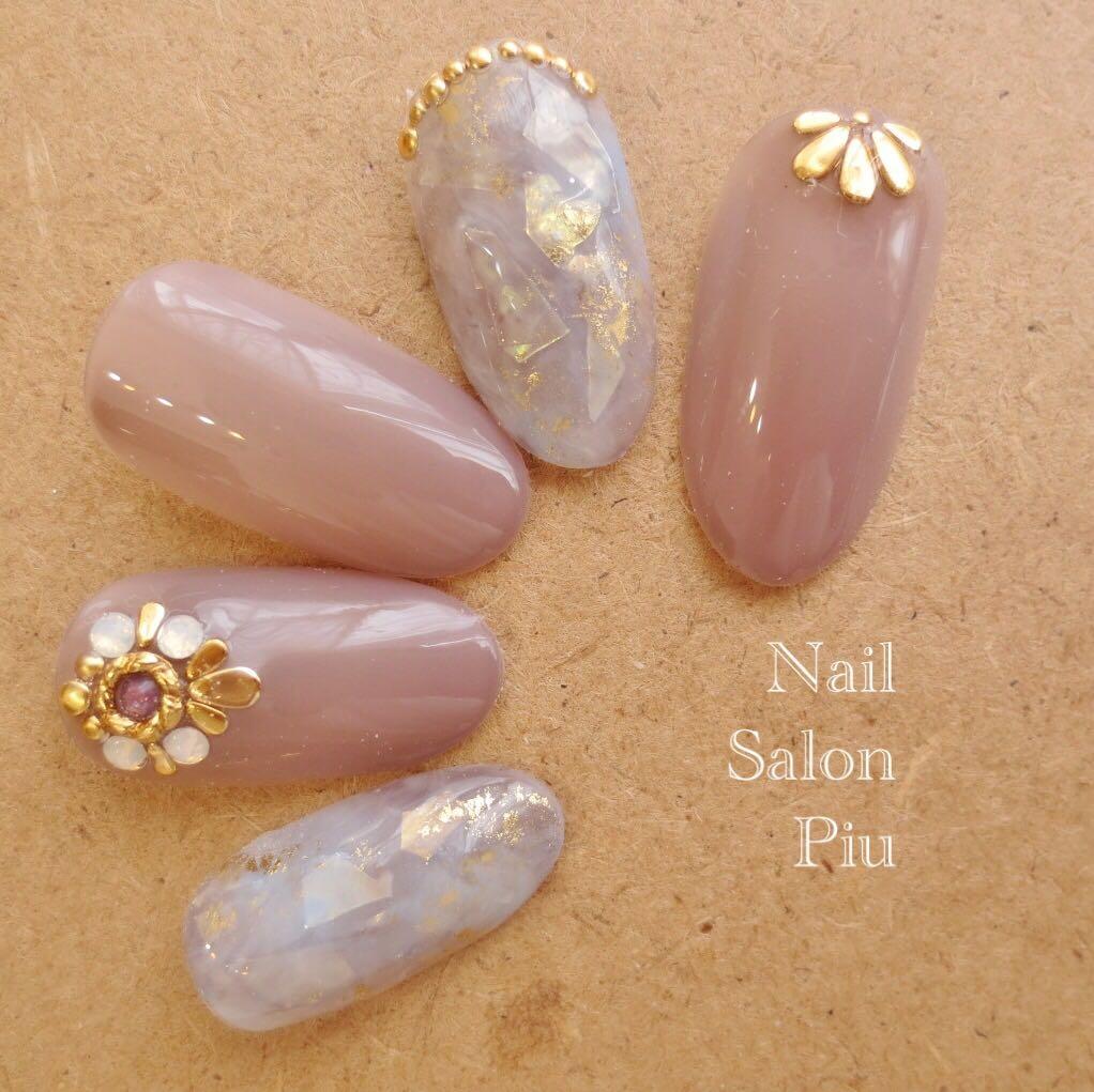 Nail Salon Piuさんの写真。テーマは『大人ネイル、夏ネイル』