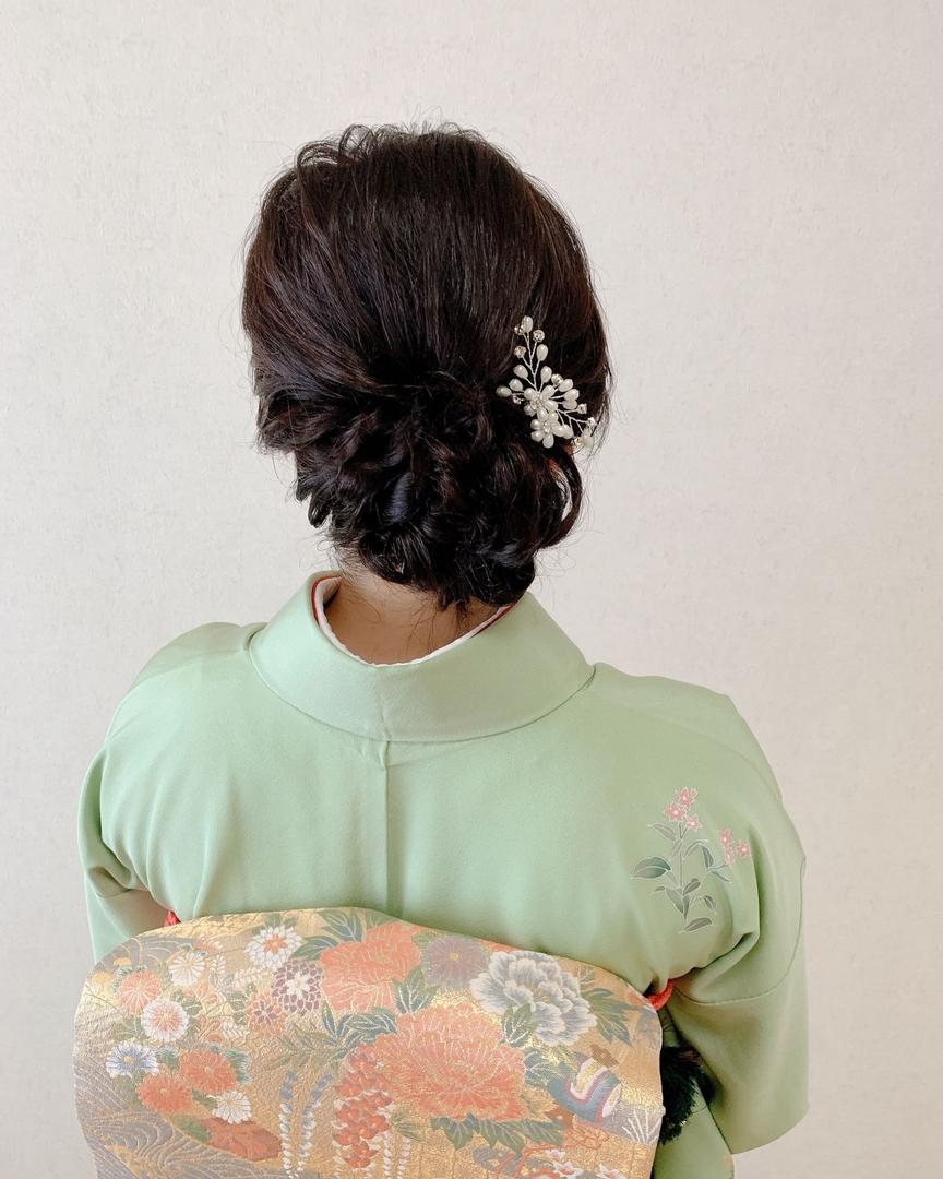 Moriyama  Mamiさんのヘアスタイルの写真。テーマは『ボブアレンジ、ボブヘアアレンジ、ミディアム、ミディアムアレンジ、大人スタイル、着物女子、福岡ヘアセット、天神、ヘアアレンジ、ヘアセット、アップスタイル、Threekeys、スリーキーズ、着物、福岡ヘアサロン、ブライダル、結婚式ヘアアレンジ、ブライダルヘア、花嫁、着付け、着物ヘア、和装ヘア、プレ花嫁、ヘアセット専門店、和装ヘアアレンジ、女子会、オトナ女子、着物レンタル、前撮り、結婚式お呼ばれヘア、早朝ヘアセット』