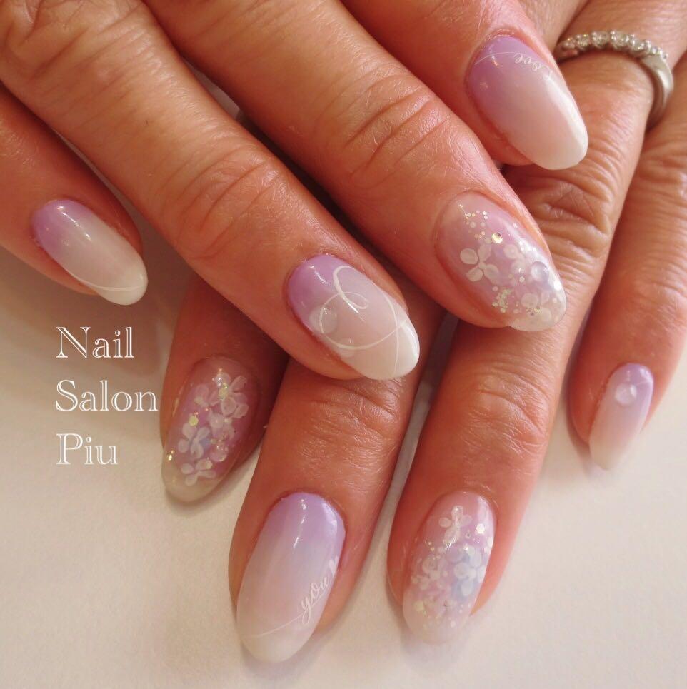 Nail Salon Piuさんの写真。テーマは『逆グラデーション、梅雨ネイル、紫陽花ネイル』