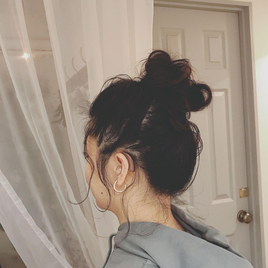 浦川 由起江さんのヘアスタイルの写真。テーマは『おだんごヘア、後れ毛、ルーズ、ヘアアレンジ、プライベートサロン、nanon、簡単ヘアアレンジ』