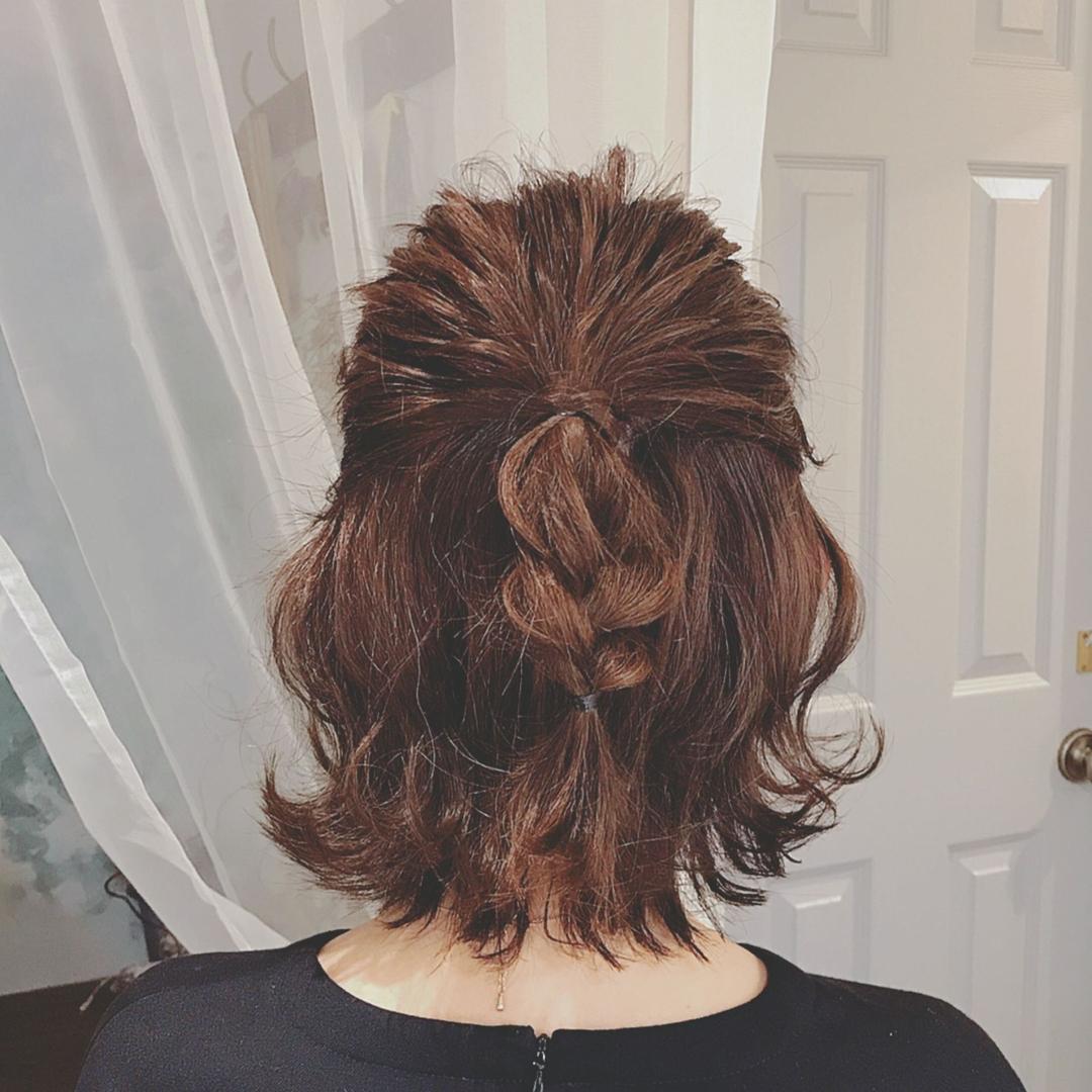 浦川 由起江さんのヘアスタイルの写真。テーマは『簡単ヘアアレンジ、ハーフアップ、外ハネ、ボブアレンジ、ヘアアレンジ、プライベートサロン、nanon』
