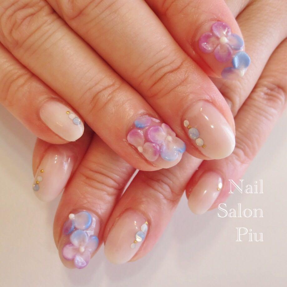 Nail Salon Piuさんの写真。テーマは『フラワーネイル、梅雨ネイル、紫陽花ネイル、3Dネイル』