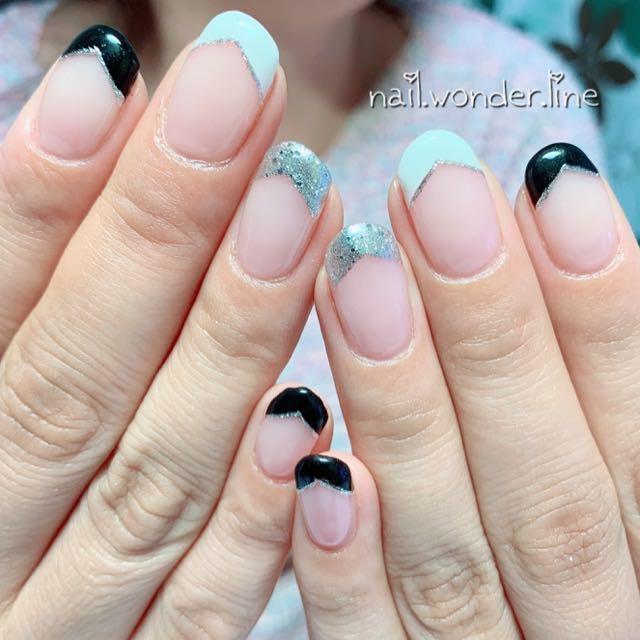 nail.wonder.lineさんのネイルデザインの写真。テーマは『ホワイト、ブラック、モノトーン、変形フレンチ、フレンチ、シンプル、nailbook、ネイルブック、myreco、静岡、沼津、沼津ネイルサロン、ネイルサロンワンダーライン』