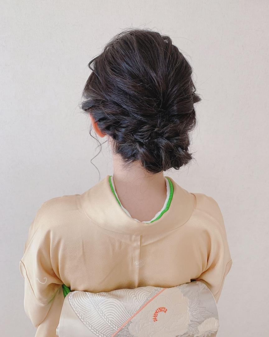 Moriyama  Mamiさんのヘアスタイルの写真。テーマは『着物女子、福岡ヘアセット、天神、ヘアアレンジ、ヘアセット、ヘアスタイル、Threekeys、スリーキーズ、着物、結婚式、訪問着、留袖、着付け、着物ヘア、ヘアセット専門店、和装ヘアアレンジ、結納、ねじりアレンジ、前撮り、結婚式お呼ばれヘア、ゆるふわ』