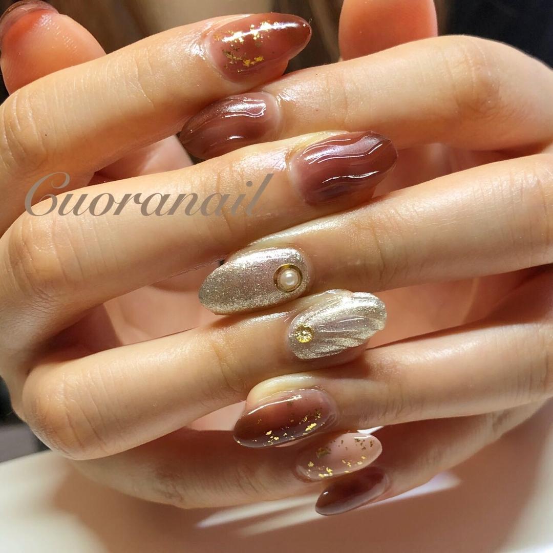 Cuoranailさんのネイルデザインの写真。テーマは『大人かっこいいネイル、ニュアンスアート、ニュアンスネイル、うにょうにょネイル、ネイル、ネイルアート、ネイルデザイン、nail、nails、nailstagram、nailart、naildesign、coolnail、帯広ネイルサロン、帯広ネイル、帯広、札内、幕別、音更、音更ネイルサロン、obihiro、tokachi、hokkaido、大人かわいいネイル、おしゃれネイル、bohonail、decorativenail、tat2019summer』