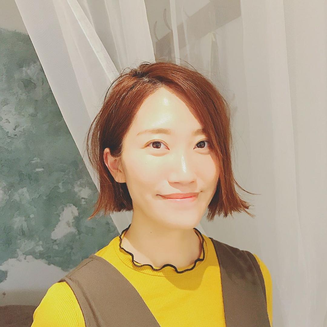 浦川 由起江さんのヘアスタイルの写真。テーマは『切りっぱなしボブ、ボブ、ミニボブ、外ハネ、プライベートサロン、nanon』