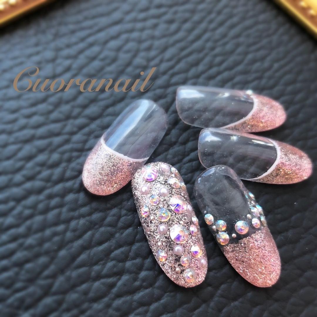 Cuoranailさんのネイルデザインの写真。テーマは『キラキラネイル、キラキラフレンチ、ラメフレンチ、カジュアルネイル、フレンチネイル、ストーン埋めつくし、ネイル、ネイルアート、ネイルデザイン、スワロフスキー、おしゃれネイル、nail、nails、nailstagram、naildesign、nailart、sparkle、swarovski、帯広ネイルサロン、帯広ネイル、帯広、札内、幕別、音更、音更ネイルサロン、tokachi、obihiro、hokkaido』