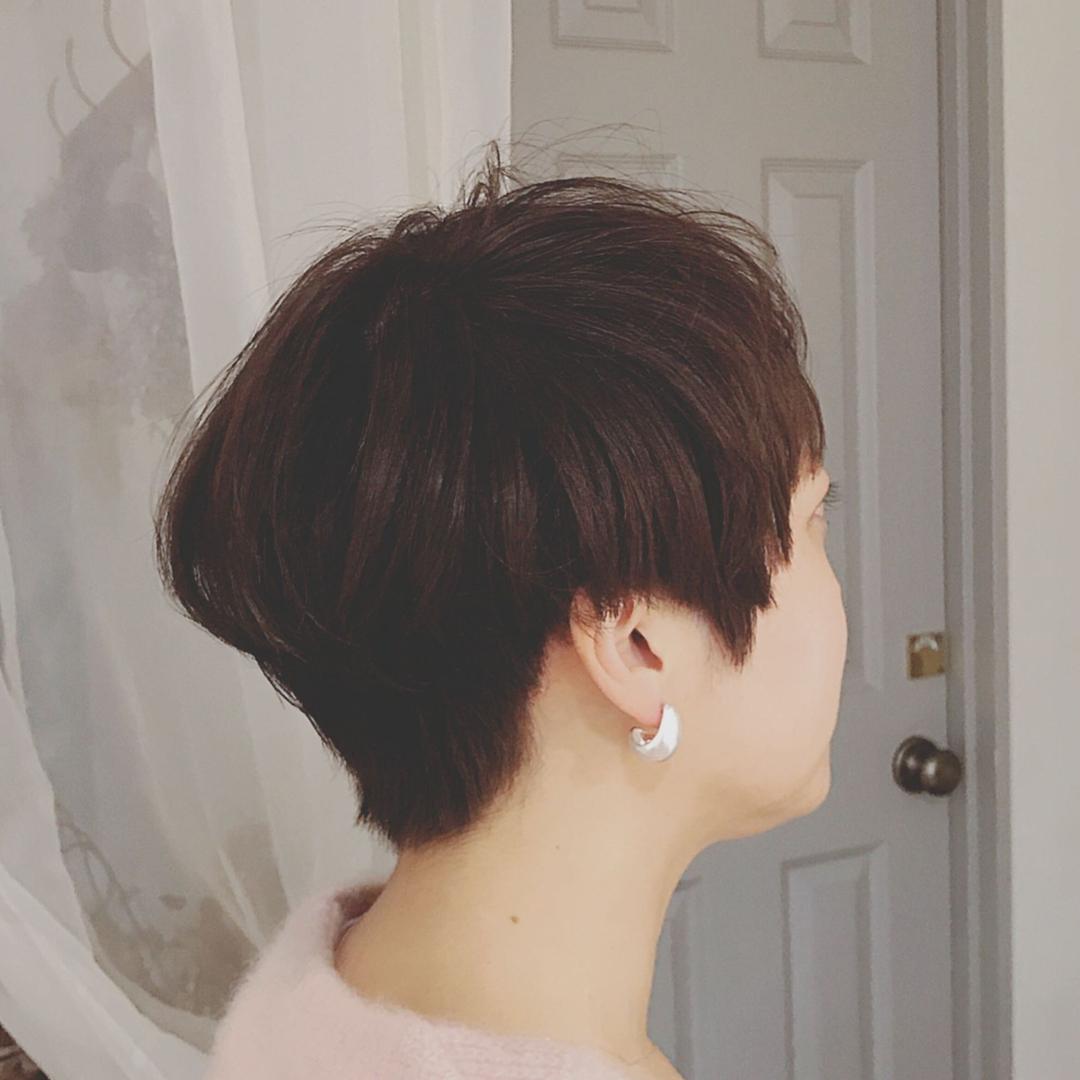 浦川 由起江さんのヘアスタイルの写真。テーマは『ベリーショート、ショートヘア、プライベートサロン、nanon』