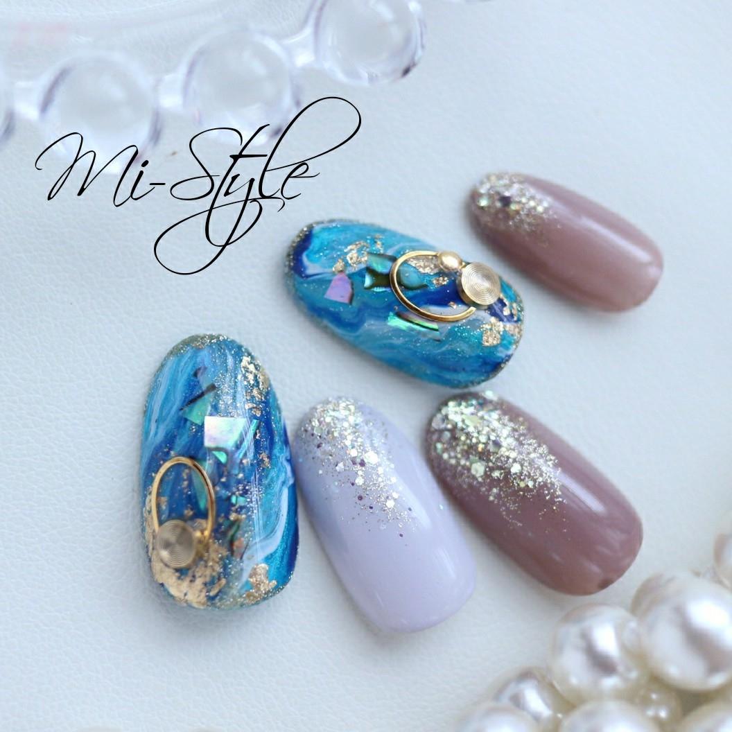Mieko Hiramatsuさんのネイルデザインの写真。テーマは『ミースタイル、淵野辺ネイルサロン、相模原ネイルサロン、シェルネイル、ブルーネイル、大理石ネイル、ターコイズネイル、夏ネイル、ニュアンスネイル、エスニックネイル』