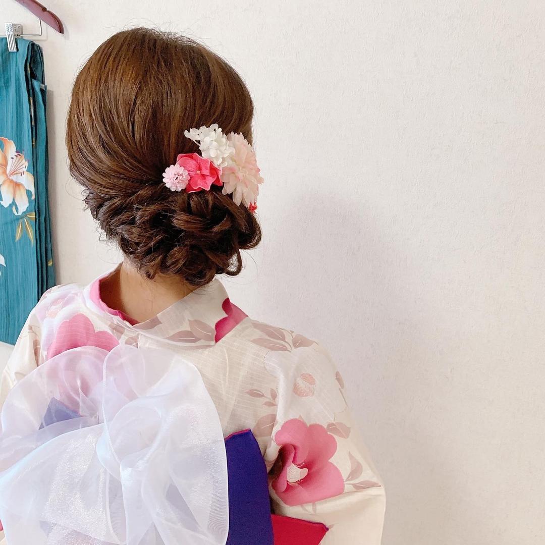 Moriyama  Mamiさんのヘアスタイルの写真。テーマは『浴衣ヘア、浴衣ヘアアレンジ、浴衣、花火大会、撮影、撮影会、撮影会モデル、サイドアップ、編み込み、編み込みアレンジ、振袖、振袖ヘア、振袖前撮り、Three、スリーキーズ、福岡天神、ヘアセット専門店、ヘアセット、ヘアアレンジ、訪問着、結婚式コーデ、結婚式ヘアアレンジ、結婚式お呼ばれ、着物、着物ヘア、お宮参り、七五三前撮り、顔合わせ、結納、着物レンタル』
