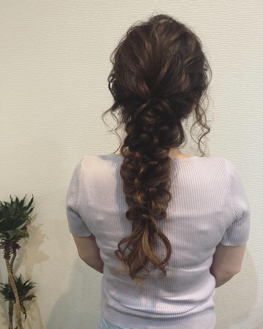 平原さんのヘアスタイルの写真。テーマは『宮崎市ヘアセット、宮崎市、ヘアセット専門店、セットサロン、ヘアセット、ヘアアレンジ、編み下ろし、宮崎セット、ブライダルヘア、宮崎ステラ、結婚式ヘアアレンジ、宮崎市美容室、編み込みヘア、宮崎、hair、hairset、hairstyle、hairarrange、宮崎美容室、宮崎市STELLA、宮崎市セットサロン、宮崎市成人式、宮崎県、編みおろし、宮崎市セット、リボンヘア、宮崎市ステラ、りぼんヘア、ラプンツェルヘア』