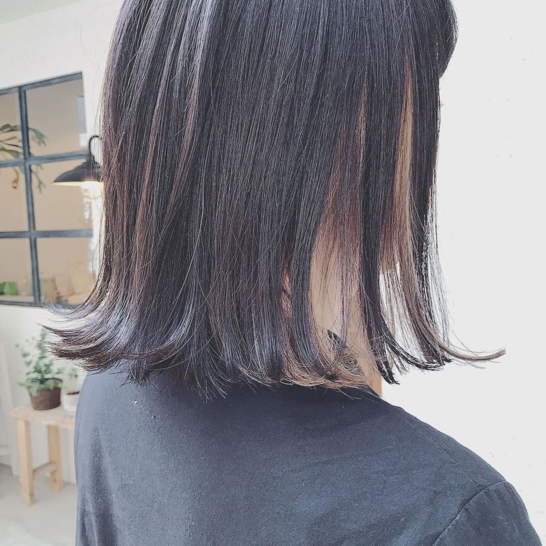 浦川 由起江さんのヘアスタイルの写真。テーマは『インナーカラー、ボブ、ミディ、外国人風カラー、プライベートサロン、nanon』