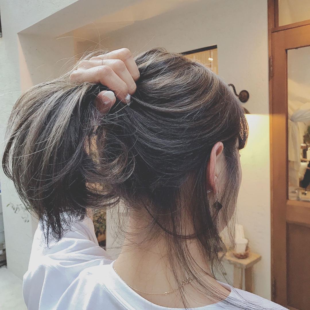 浦川 由起江さんのヘアスタイルの写真。テーマは『ハイライト、シルバーグレー、明度差ありハイライト、外国人風カラー、ケアブリーチ、プライベートサロン、nanon』