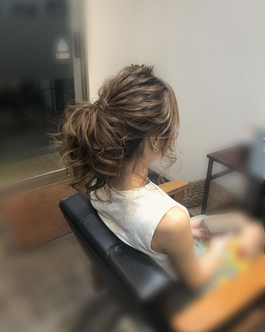 平原さんのヘアスタイルの写真。テーマは『宮崎市ヘアセット、宮崎市、ヘアセット専門店、セットサロン、ヘアセット、ヘアアレンジ、アレンジ、ローポニー、ポニーテールヘア、およばれヘア、前髪アレンジ、宮崎ヘアセット、結婚式ヘアアレンジ、宮崎セット、ポニーテール、ポニーテールアレンジ、宮崎、hair、hairset、hairstyle、hairarrange、宮崎県、宮崎市STELLA、宮崎市ステラ、宮崎市セット、アレンジヘア、宮崎市美容室』