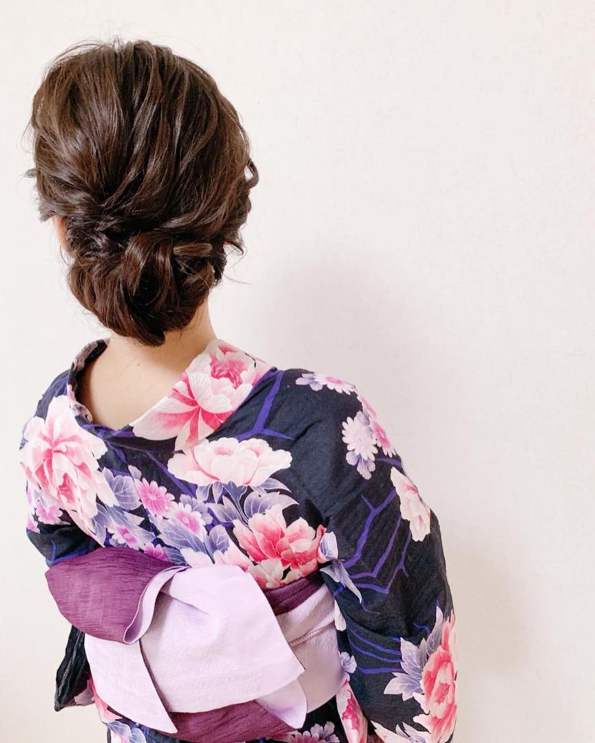 Moriyama  Mamiさんのヘアスタイルの写真。テーマは『訪問着、訪問着ヘア、留袖、留袖ヘア、親族衣装、着物女子、福岡ヘアセット、天神、ヘアアレンジ、ヘアセット、ヘアスタイル、Threekeys、スリーキーズ、着物、結婚式、着付け、着物ヘア、ヘアメイク、和装ヘア、プレ花嫁、ヘアセット専門店、和装ヘアアレンジ、着物レンタル、結納、前撮り、結婚式お呼ばれヘア、福岡結婚式、七五三前撮り、お宮参り、お茶会』