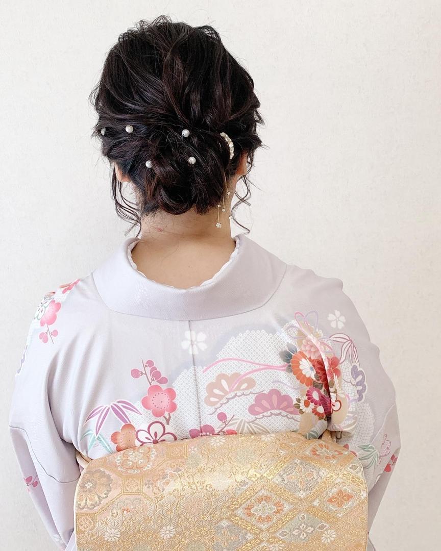 Moriyama  Mamiさんのヘアスタイルの写真。テーマは『着物女子、福岡ヘアセット、天神、ヘアアレンジ、ヘアセット、ヘアスタイル、Threekeys、スリーキーズ、着物、福岡ヘアサロン、ブライダル、結婚式、ブライダルヘア、花嫁、着付け、着物ヘア、ヘアメイク、和装ヘア、プレ花嫁、ヘアセット専門店、instapic、和装ヘアアレンジ、女子会、成人式ヘア、着物レンタル、結納、卒業式ヘア、前撮り、結婚式お呼ばれヘア、ゆるふわ、福岡結婚式、七五三前撮り、お宮参り、お茶会』