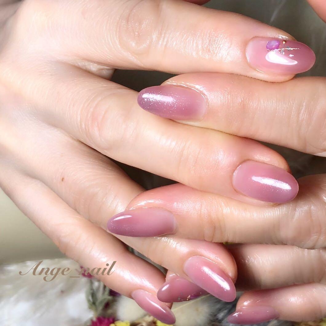 Ange_nailさんのネイルデザインの写真。テーマは『さいたま市ネイルサロン、ネイルサロン、ツヤ玉、うる艶ネイル、ニュアンスネイル、定額ネイル、フィルイン、フィルイン一層残し、フィルイン導入、ネイル、ネイルデザイン、大人ネイル、大人かわいい、美爪、美甲作品、newnail、nailstagram、nail、nails、nailart、beauty、cute、gelnail、nailsalon、art、galnail、gelart、instanails、neirisuto、nailartclub』