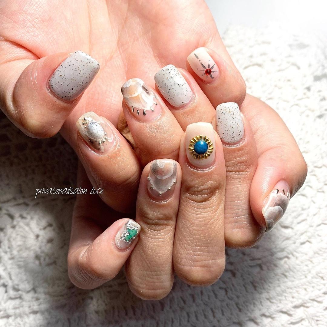 private nail salon Luce.さんのネイルデザインの写真。テーマは『nailswag、nails2inspire、nailsofinstagram、summernails、ニュアンスネイル、天然石ネイル、💅🏻、nail、gelnail、nailist、nailart、naildesign、お客様ネイル、nara、奈良県、奈良ネイルサロン、お家ネイル、自宅サロン、privatenailsalonLuce.、Nailbook、tredina、掲載、instagram、instanail、nailistagram、instalike、instagood、nails2019』