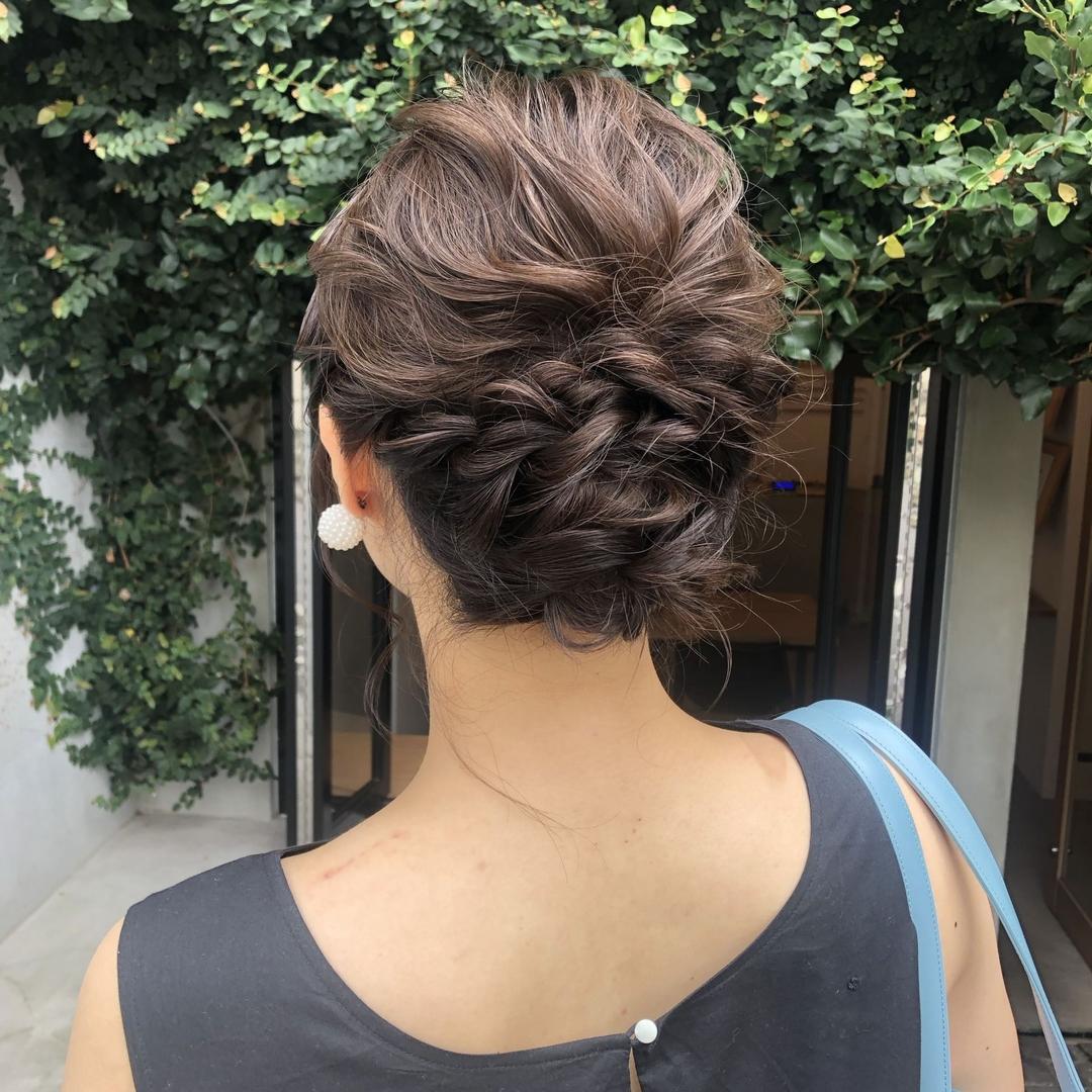 Maa Kasaiさんのヘアスタイルの写真。テーマは『美容師、美容、原宿、表参道、髪型、ヘアスタイル、ヘアカラー、ハイトーンカラー、ブリーチカラー、ベージュカラー、ミルクティーベージュ、ウェーブセット、ダブルカラー、切りっぱなしボブ、タンバルモリ、ショートカット、ボブヘア、簡単スタイリング、韓国風、ヘアセット、結婚式セット、二次会アレンジ』