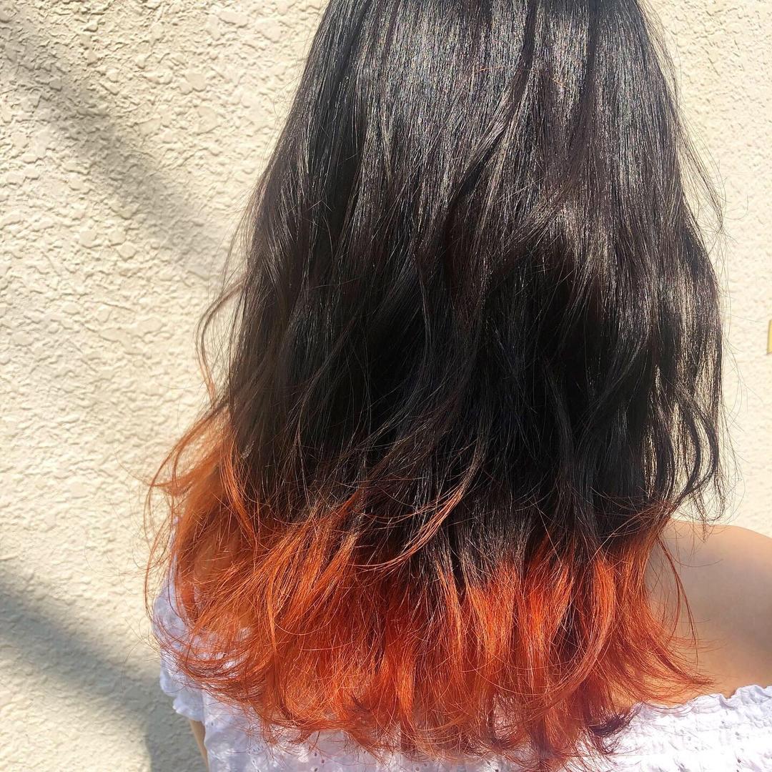 Maa Kasaiさんのヘアスタイルの写真。テーマは『美容師、美容、原宿、表参道、髪型、ヘアスタイル、ヘアカラー、ハイトーンカラー、ブリーチカラー、ベージュカラー、ミルクティーベージュ、ウェーブセット、ダブルカラー、切りっぱなしボブ、タンバルモリ、ショートカット、ボブヘア、簡単スタイリング、韓国風、ヘアケア、裾カラー、オレンジカラー』