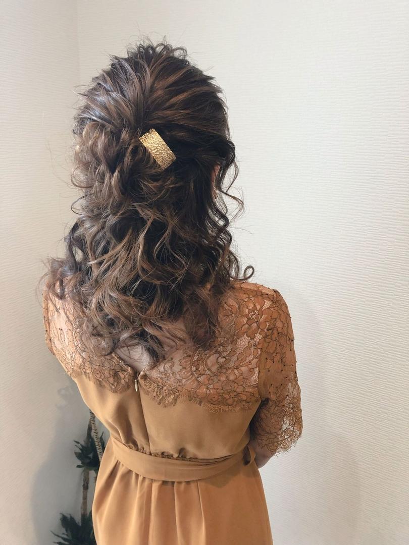 平原さんのヘアスタイルの写真。テーマは『宮崎市ヘアセット、宮崎市、ヘアセット専門店、セットサロン、ヘアセット、ヘアアレンジ、ハーフアップ、ブライダル、編み込みヘア、編み込み、結婚式ヘアアレンジ、結婚式ヘア、ロングヘアアレンジ、宮崎、宮崎市美容室、hairset、宮崎セット、hairarrange、宮崎美容室、宮崎市STELLA、宮崎市セットサロン、ねじりアレンジ、宮崎市成人式、宮崎県、ハーフアップアレンジ、宮崎市セット、アレンジヘア、宮崎市ステラ、宮崎ヘアセット、宮崎市結婚式』
