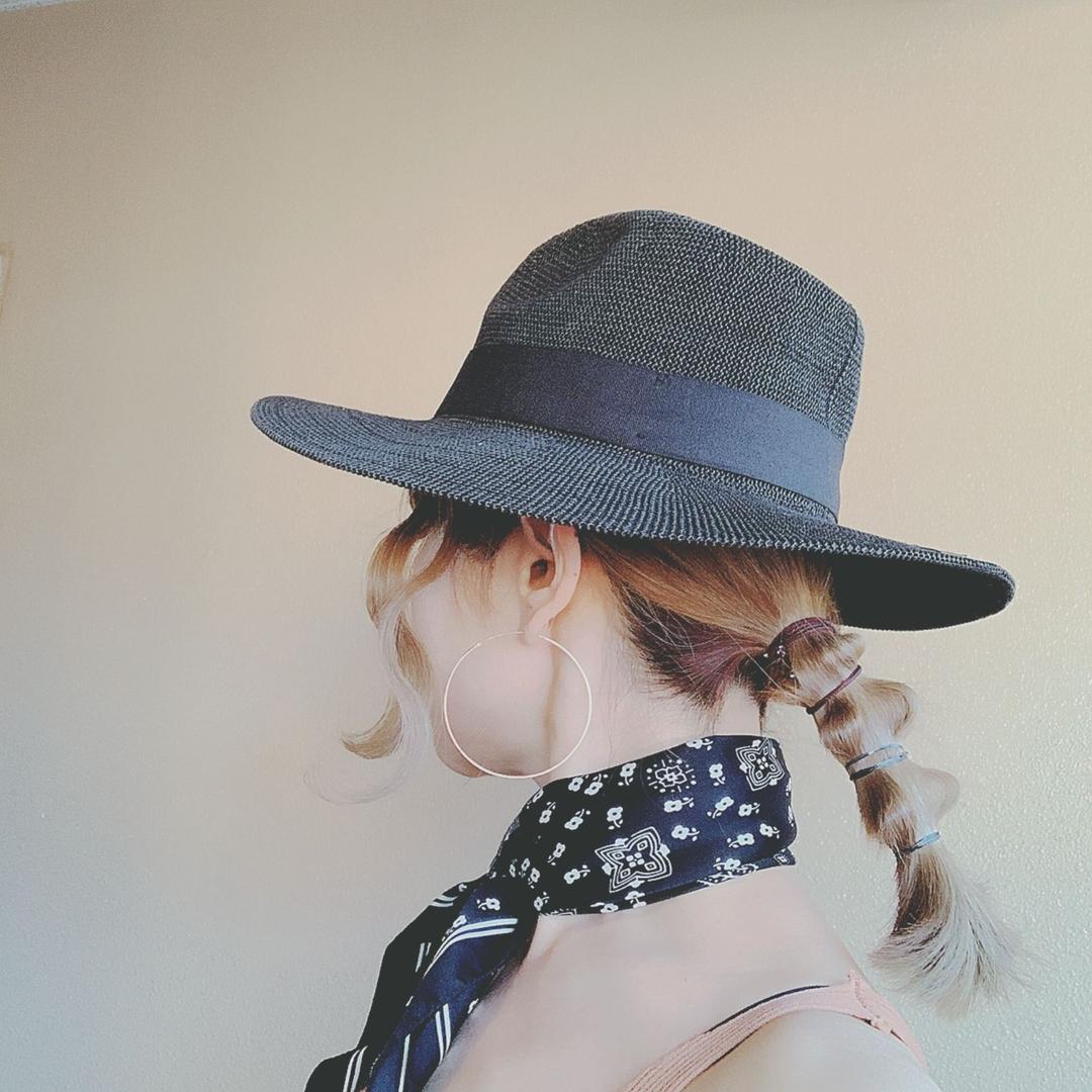 浦川 由起江さんのヘアスタイルの写真。テーマは『ハットアレンジ、ヘアアレンジ、簡単ヘアアレンジ、ウラウラヘア、プライベートサロン、nanon』