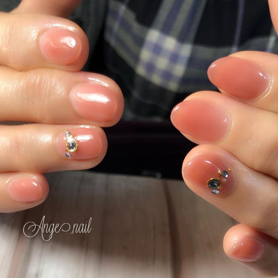 Ange_nailさんのネイルデザインの写真。テーマは『さいたま市ネイルサロン、ネイルサロン、うる艶ネイル、ニュアンスネイル、定額ネイル、フィルイン、フィルイン一層残し、フィルイン導入、ネイル、ネイルデザイン、大人ネイル、大人かわいい、美爪、美甲作品、育活、newnail、nailstagram、nail、nails、nailart、beauty、cute、gelnail、nailsalon、art、galnail、gelart、instanails、neirisuto、nailartclub』