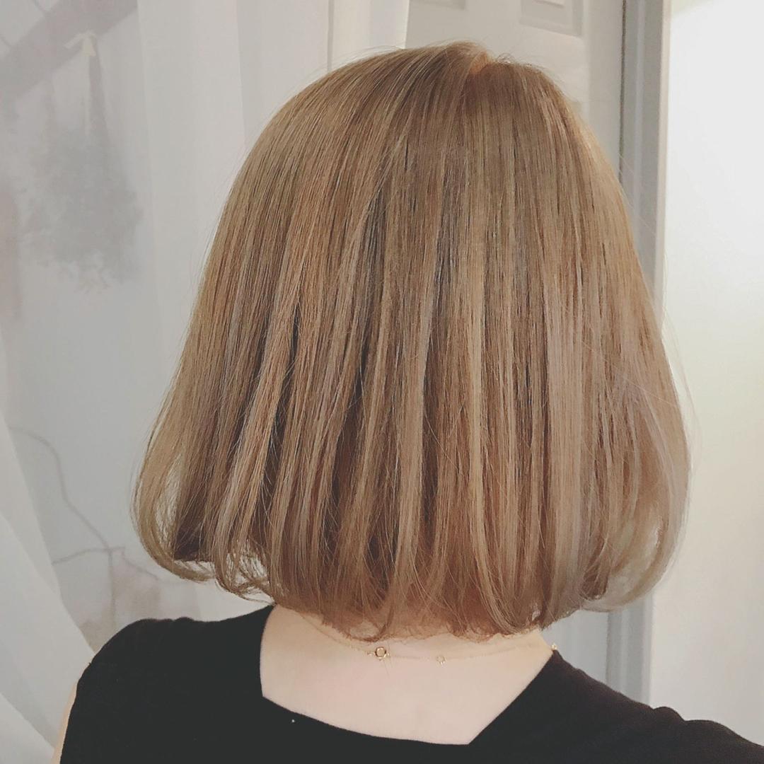 浦川 由起江さんのヘアスタイルの写真。テーマは『トリプルカラー、ハニーベージュ、外国人風カラー、ボブ、フレンチボブ、ケアブリーチ、プライベートサロン、nanon』