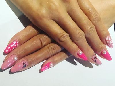 ピンクで可愛いらしく #新宿ネイルサロン #池袋ネイルサロン #ネイルサロンS#ジェルネイル #ガーリー