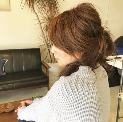 ちょっと大人な雰囲気で「らしさ」がでていい感じ手ぐしでざっくりあげた「ゆるまとめ」#今っぽさ #無造作 #オトナ可愛い #hair2016w