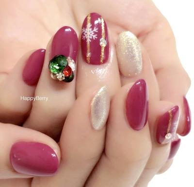 #トレプロ#DOUBLE180#クリスマスネイル#ボルドー#オリジナルカラー#大人ネイル#SWAROVSKI#愛知#稲沢#清須#一宮#ベース1層残し#フィルイン#HappyBerry#ハッピーベリー#ジェルネイル#nail#naildesign#ネイル#nailart#happy#名古屋#可愛い#japan#kawaii#newnail#