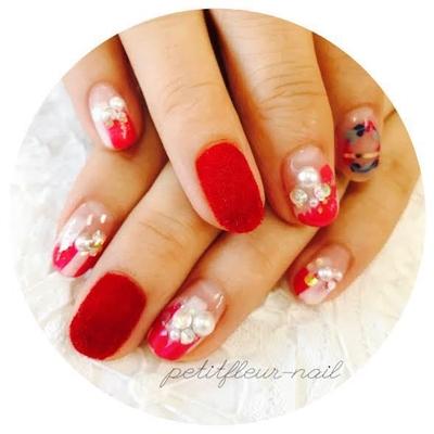 #赤 #ベルベット #ピンク #パール #グレー #ネイビー #ピーコック #和歌山 #ネイルサロン #ネイル #ジェル #かわいい