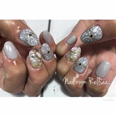 #nail#nails#nailart#nailist#jel#para#rellsea#ジェル#ネイル#ネイリスト#ペイズリー#ワンカラー#ネイルアート#グレー#ラインテープ#ストーン埋め尽くし