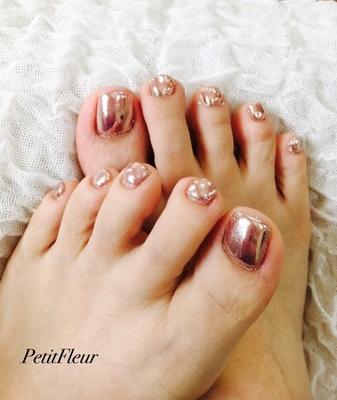 #ミラーネイル #ピンク #ピンクミラーネイル #フットネイル #フットジェル #キレイ #肌なじみが良い #美しい #足元 #ネイルアート #和歌山市 #ネイルサロン #和歌山 #スカルプ #ジェル #ネイル