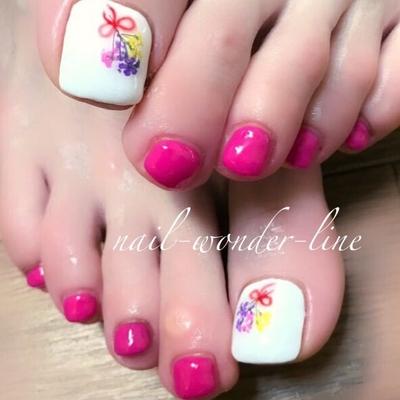 #ピンク #春ネイル #フラワーネイル #ドライフラワー #フットネイル #花束ネイル