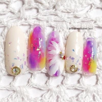 #nail#nailart#春夏#design#gel #タイダイ#乱切り#ホログラム #flower#大人可愛い#nailistagram #Nailbook#tredina#nailist#奈良 #お家ネイル#自宅サロン#Luce.