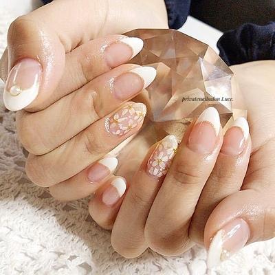#お友達ネイル#nail#nailart #gel#simple#フレンチ#kawaii #flower#Nailbook#tredina#艶# #奈良#自宅サロン#お家ネイル#Luce.