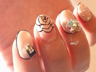 ・ ・ ・#mo2#novobyshowroom #北九州市#小倉北区#nailstagram #nail#nailsalon #beauty #nailart #kokoist #美爪#美甲 #美甲師 #指甲 #指甲彩繪 #指甲畫花 #大人女子#おしゃれ #2017#夏#シンプルネイル#cute #mismarias