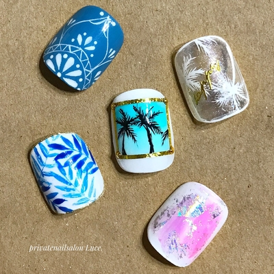 . #nail#nailart#design#sample #フットネイル#nailistagram #エスニック#palmtree# #手描き#ボタニカル#タイダイ #ホイルアート#summer#kawaii #Nailbook#tredina#nailist#奈良 #自宅サロン#お家ネイル#Luce.
