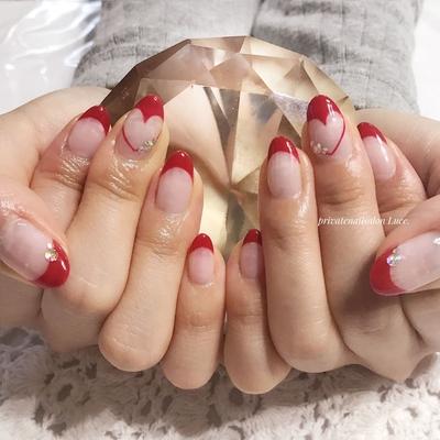 . #nail#nailart##フレンチ #ハートフレンチ#大人可愛い #kawaii#大人ネイル#red#赤 #Nailbook#tredina#nailstagram #奈良#自宅サロン#お家ネイル#Luce.