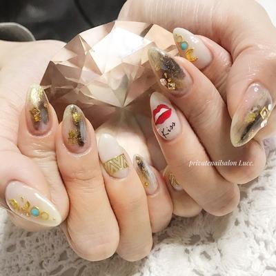 . #お客様ネイル#nail#nailart#gel #タイダイ#エスニック#リップ #キスマース#スタッズアート #個性派ネイル#nailistagram #Nailbook#tredina#nailist# #奈良#お家ネイル#自宅サロン#Luce.
