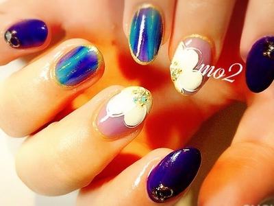 ・ ・ ・ #mo2#novobyshowroom #北九州市#小倉北区#nailstagram #nail#nailsalon #beauty #nailart #kokoist #美爪#美甲 #美甲師 #指甲 #指甲彩繪 #指甲畫花 #大人女子#おしゃれ #2017#夏#pop #mismarias#シェル#sea #flower#グラデーション#青#blue#手描き#夏ネイル#summer