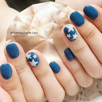 . #お客様ネイル#nail#nailart#gel #casual#星#star#⭐#simple #kawaii#ショートネイル#nailist #Nailbook#tredina#nailistagram #奈良#自宅サロン#お家ネイル#Luce.