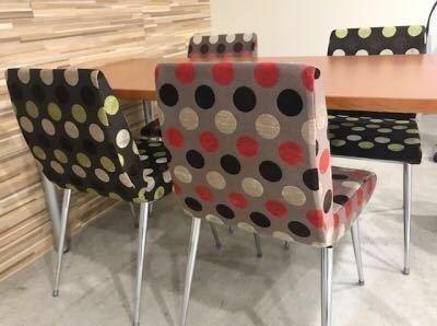 待合の椅子代わりました!  #椅子 #水玉 #内装 #ケラスターゼ #ファッション #ビューティー #名古屋市北区 #名古屋市北区美容室 #おしゃれ #美容学生 #スタッフ募集 #美容師求人