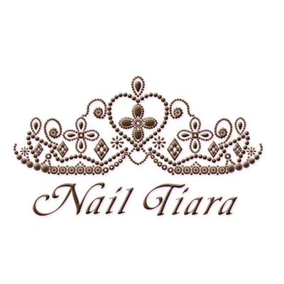 Nail Tiara