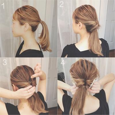 【解説】 ①耳の高さで髪全体を1つに結ぶ。 ②真ん中を開けて隙間を作ってくるりんぱ。 ③中心部分をおさえながら少しづつ髪をつまみながらほぐしてルーズ感を出す。 ④スカーフ(ターバンでもOK)を巻けば完成です。 #へアアレシンジ #セルフアレンジ  #セルフへアアレシンジレシピ #スカーフアレンジ