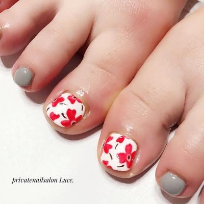 . #お客様ネイル#nail#nailart#gel #foot#footnail#マリメッコ柄 #大人可愛い#nailstagram#💅 #Nailbook#tredina#nailist#奈良 #自宅サロン#お家ネイル#Luce.