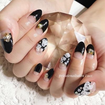 #お客様ネイル#nail#nailart#gel #3D#エンボス#🌹#大人可愛い #フレンチ#逆フレンチ#black #かっこいい#nailistagram#💅 #Nailbook#tredina#nailist#奈良 #自宅サロン#お家ネイル#Luce.
